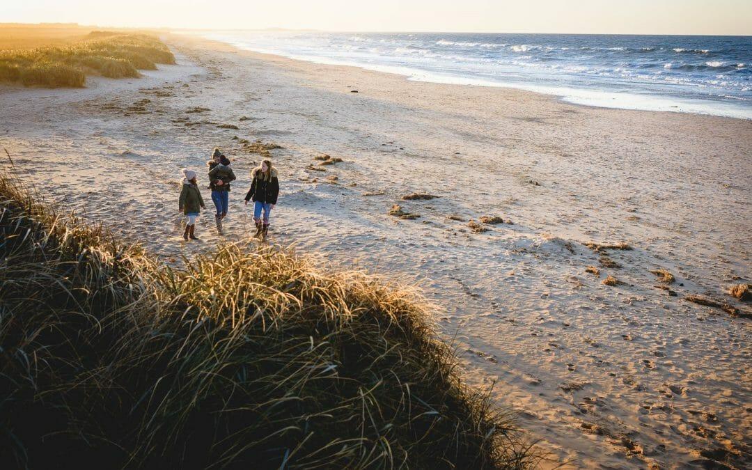 NORFOLK BEACH PHOTOGRAPHY    EMMIe, AVIE & LUCA