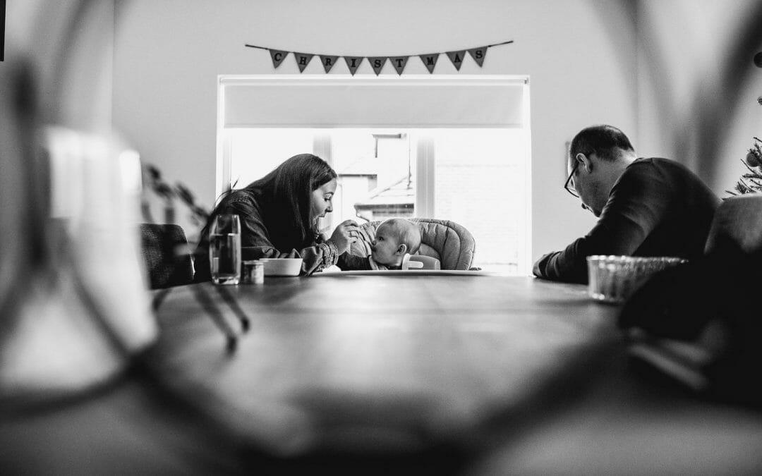 NORTHAMPTONSHIRE FAMILY PHOTOGRAPHY –   LILLY, NICK, EDWARD & GRANDMOTHERS